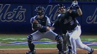2000 WS Gm4: Piazza hits a two-run blast in the 3rd
