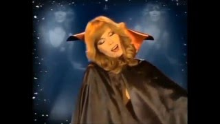 Watch Amanda Lear Mother Look What Theyve Done To Me video