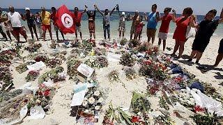 İngiltere'de Terör Kurbanları Için Bir Dakikalık Saygı Duruşu