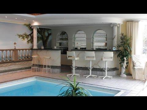 Wohnen Im Mediterranen Stil! Exklusiver Bungalow Mit Pool Und Großem Wintergarten!