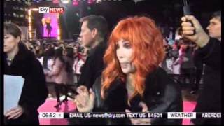 Cher and Christina promote Burlesque - London premiere (13.12.2010)