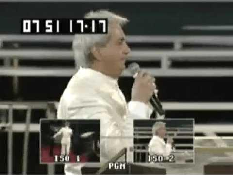 Benny Hinn - Anointing Falling on Kinshasa