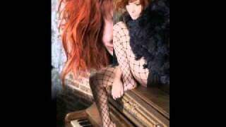 Watch Mylene Farmer Libertine video