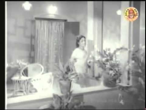 Sundara Raavil Chandana Mukilil