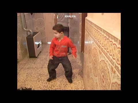 CRAZY DANCE رقصة طفل جزائري thumbnail