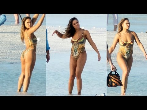 Ronda Rousey poses in body paint | Leaked Photos!