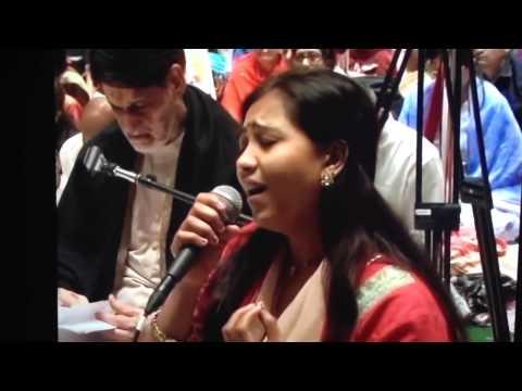 Ek Tu Na Mila Palak, Moraribapu video