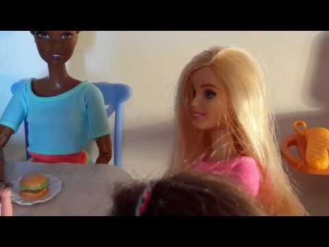 Barbie Ailesi 28. Bölüm / Kasapta  Yemek  Yerken 10.000 TL  Hesap