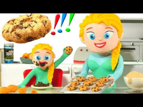 PRINCESS & BABY GIRL MAKE COOKIES ❤ Superhero Babies Play Doh Cartoons For Kids