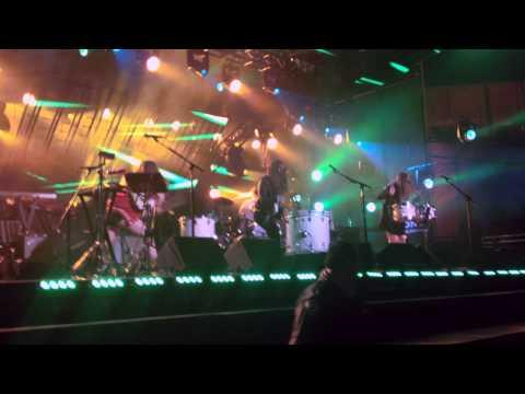 Haim drum solo (Jimmy Kimmel Live! 2013, Los Angeles)