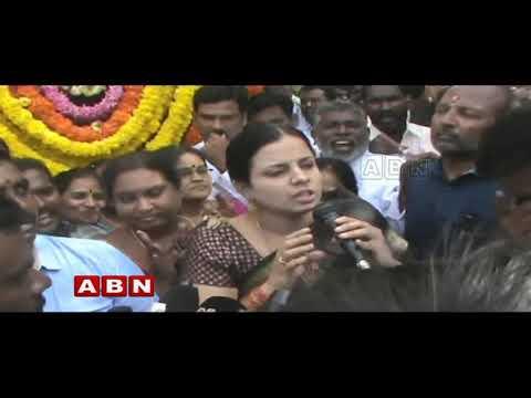 Clashesh between Ex MLA CK Babu and Jangalapalli Srinivasulu | Inside