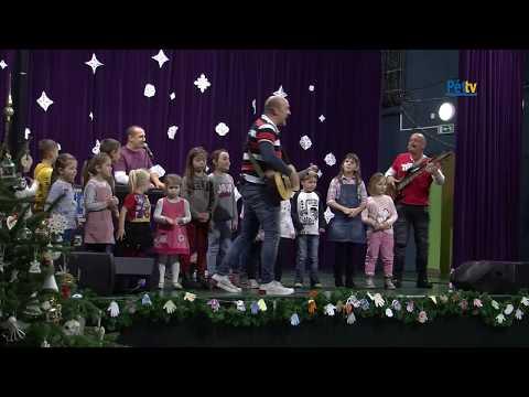 Karácsonyváró koncertet adott az Alma Együttes Pétfürdőn