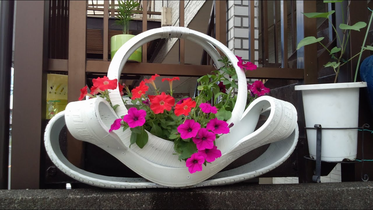 Pneus, vasos ornamentais para flores, enfeites para jardins  YouTube