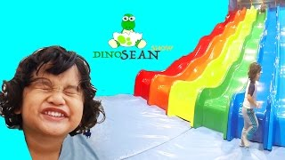 FUN Giant Slides INDOOR PLAYGROUND FOR KIDS | FAMILY PLAYTIME AT BILLY BEEZ