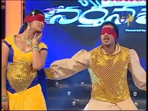 Anchor Shyamala Cleavage - Hot dance