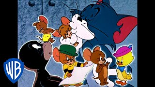 Tom & Jerry | Helping Hand! | Classic Cartoon Compilation | WB Kids