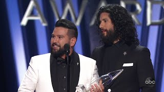 Dan + Shay Win Vocal Duo of the Year at CMA Awards 2019 - The CMA Awards