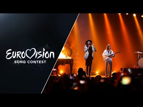 The Makemakes - I Am Yours (Austria) - LIVE at Eurovision 2015 Grand Final
