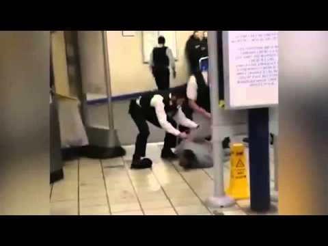"""London Tube terrorist attacker shouts """"this is for Syria"""" - Leytonstone underground"""
