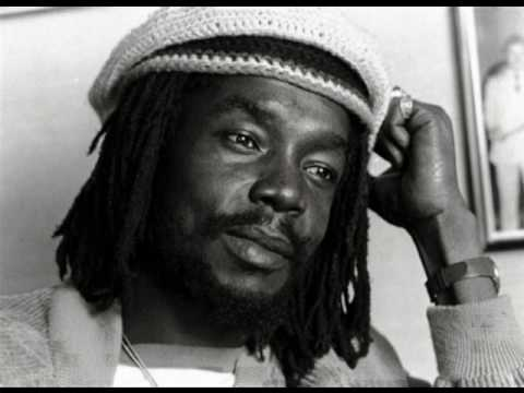 Peter Tosh - Legalize Marijuana