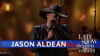 Download Lagu Jason Aldean Performs 'You Make It Easy' Gratis STAFABAND