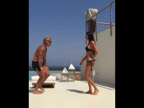 Gianluca Vacchi. Ricky Martin La Mordidita dancing