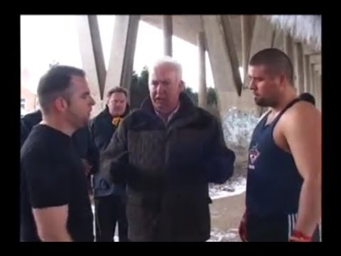 *TREVOR MCGINLEY vs QUIE DOHERTY* full traveller fight 2013