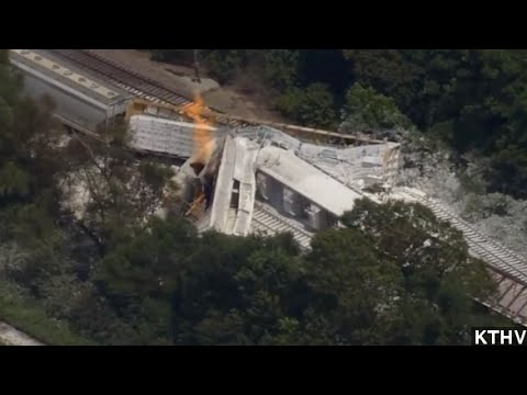 Cause Of Arkansas Train Crash Still Unknown
