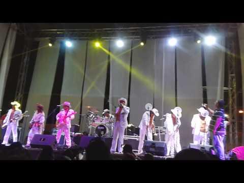 Vaqueros musical  en perto vallarta 2014