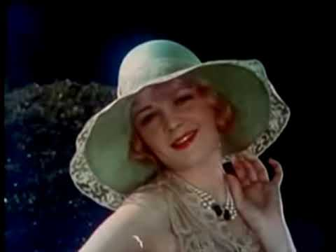 Beautiful Flapper -  1920's Color Fashion Movie