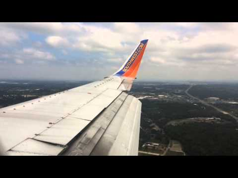 Southwest Airlines Boeing 737-300 Landing at Nashville International Airport