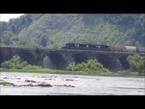 Railfanning around Harrisburg, Pennsylvania.  8/14/2016.