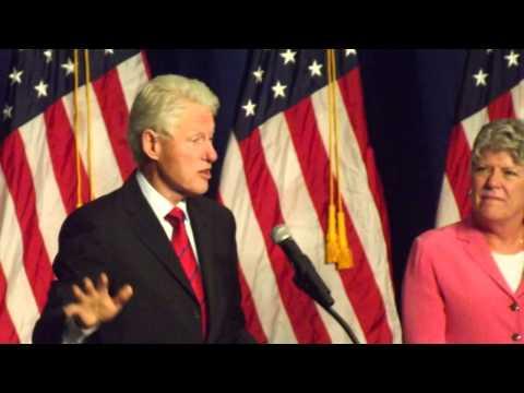 Bill Clinton Democratic Rally at Oxnard College 2014
