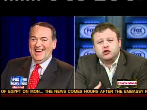 Frank Caliendo on Huckabee - Superbowl 2011