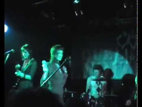 The Long Blondes - Giddy Stratospheres (live@barfly)