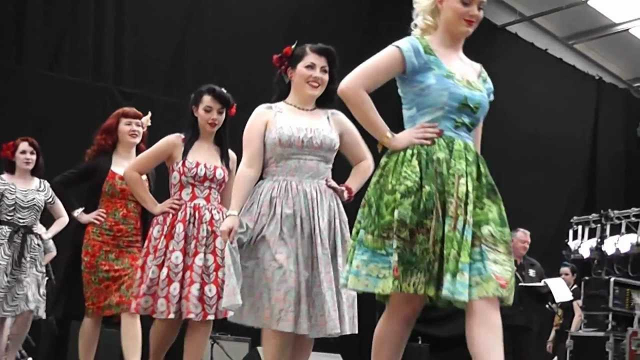 BERNIE DEXTER CLOTHING 1950s ROCKABILLY DRESS COLLECTION ...