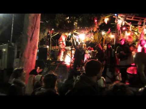 Vespa au carnaval de Toulouse – avril 2013