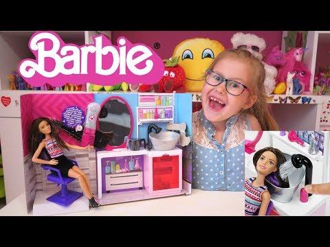 Barbie U Fryzjera  Obcinam Włosy Barbie Baw Się Ze Mną Z Lenką