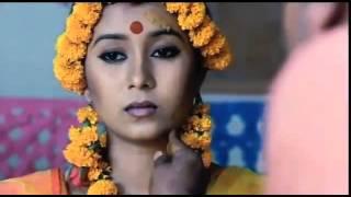 আগে যদি জানতামরে বন্ধু (Momotaz) Monpura Movie Song
