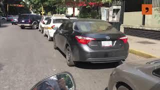 Escasez de gasolina llega a Caracas