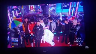 """Very Rainy ABC """"Dick Clark's New Year's Rockin Eve With Ryan Seacrest"""" Times Square New Year 2019"""