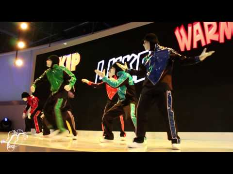 Jabbawockeez | Hisense Performance 1 | #ces2014 | #sxstv video