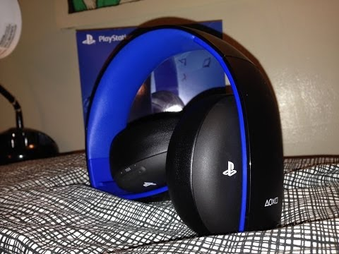 playstation gold wireless stereo headset for ps4 hands on. Black Bedroom Furniture Sets. Home Design Ideas
