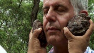 Peru: Shaman gives Anthony Bourdain a spiritual bath (Parts Unknown)