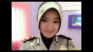 Beautiful Police Woman In The World
