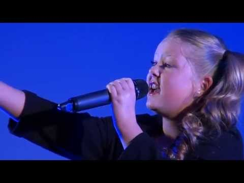 3.2 MB) Download Lagu CHANDALIER - SIA performed by HOLLIE ...