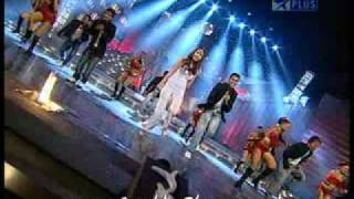 New Year Show Jashn 2010 - Anushka Sharma Excellent Quality