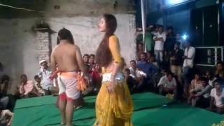 Desi village murga dance..!! Bihar arkestra funny video