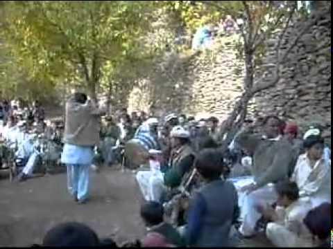 Chitrali Songs Zar Injigani Dance 2009 video