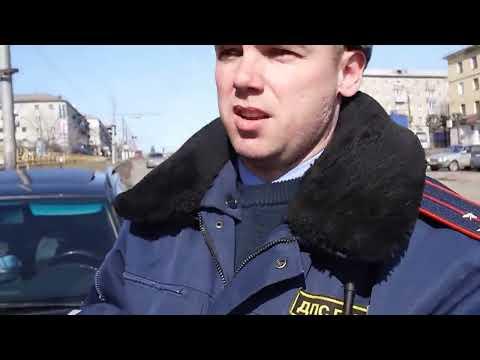 Инспектор ДПС Канев и юрист Антон Долгих.